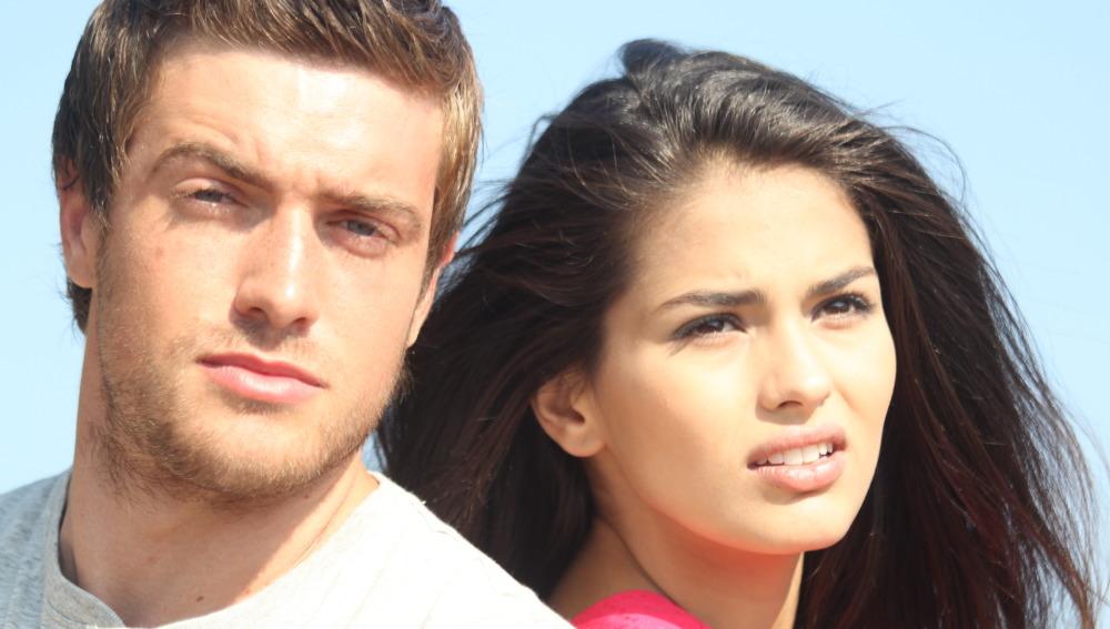 Raúl Mérida y Sara Sálamo protagonizan 'Tres 60'
